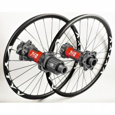 MTB wheelset based on DT Swiss 240 EXP IS Straightpull hubs by WHEELPROJECT